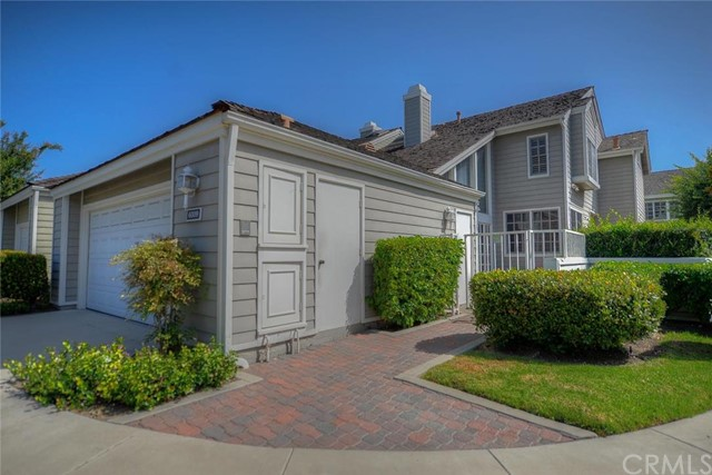 6009 Avenida De Castillo Long Beach, CA 90803 is listed for sale as MLS Listing OC16183320