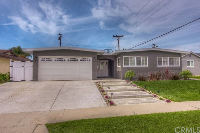 Single Family Home for Sale at 6016 Pageantry Street E Long Beach, California 90808 United States
