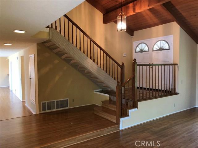 906 Heritage Drive, West Covina CA: http://media.crmls.org/medias/818c741d-dfa3-458d-8ad1-a430ba6cc6cb.jpg