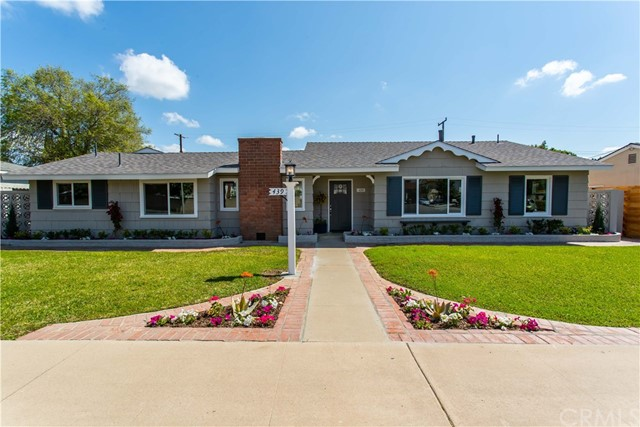 One of New Listing Orange Homes for Sale at 439 S Yorba Street