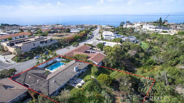 Single Family Home for Sale at 307 Milford Corona Del Mar, California 92625 United States