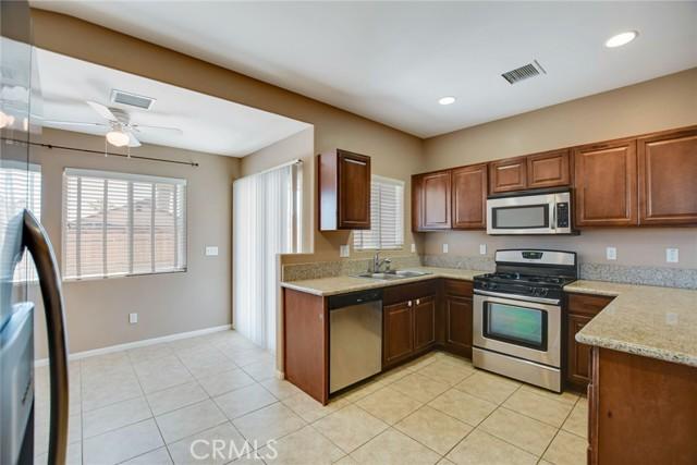 7415 Saladin Avenue, 29 Palms CA: http://media.crmls.org/medias/81b476a6-f981-489c-a518-0e0b08c0f1b0.jpg