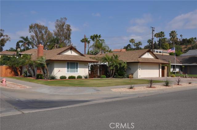 4093 N Santa Anita Street Orange, CA 92865 is listed for sale as MLS Listing PW16107266