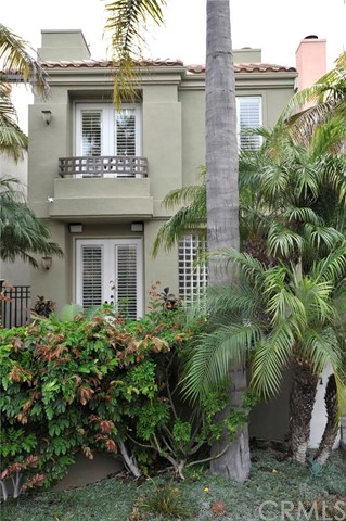 Single Family Home for Sale at 411 22nd Street Huntington Beach, California 92648 United States
