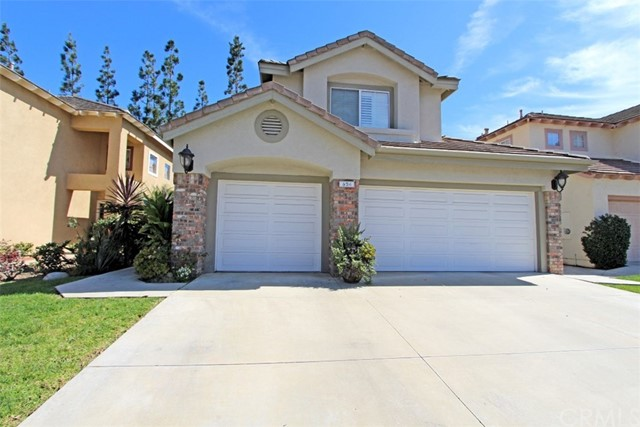 Single Family Home for Sale at 624 Muro Circle Placentia, California 92870 United States