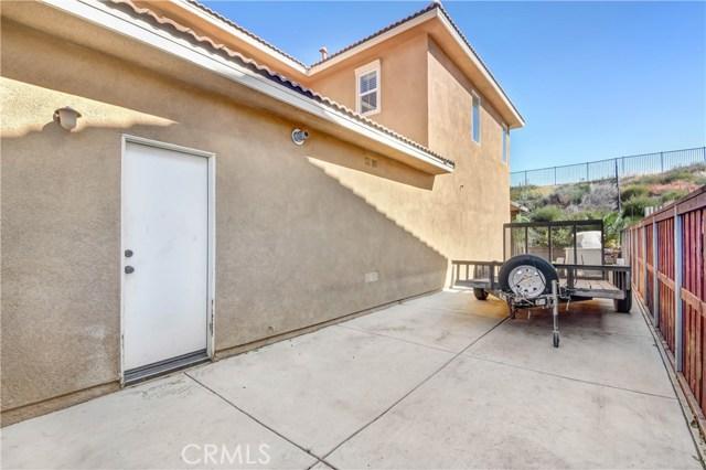 18239 Lapis Lane, San Bernardino CA: http://media.crmls.org/medias/81c438bc-7243-4da1-9607-f8d474f47306.jpg