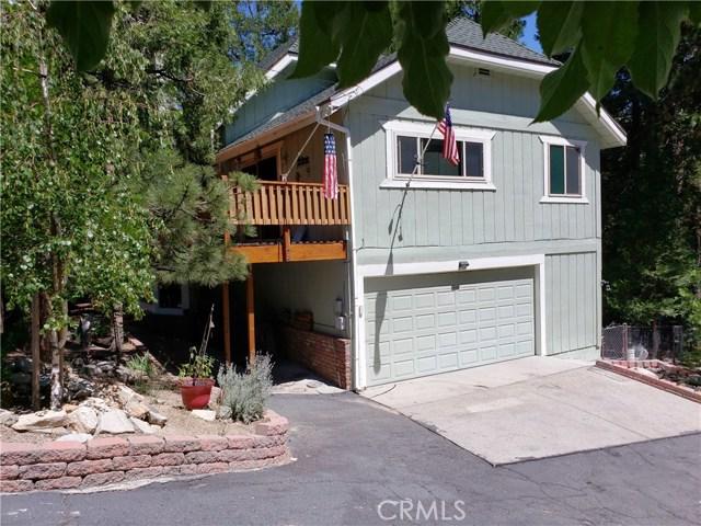 615 Pioneer Road, Lake Arrowhead CA: http://media.crmls.org/medias/81c87af9-c7b8-4477-af08-3b0b535e2ea6.jpg
