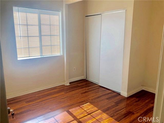 6196 Garfield Street, Chino CA: http://media.crmls.org/medias/81cdabaf-7cd9-442a-acde-9f1643926273.jpg