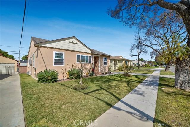 3753 Petaluma Avenue, Long Beach CA: http://media.crmls.org/medias/81d3355f-6e3b-4831-9d85-defb5556278e.jpg