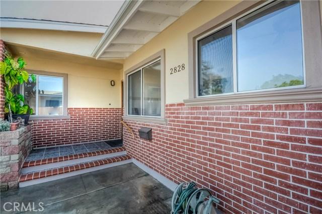 2828 W Devoy Dr, Anaheim, CA 92804 Photo 4