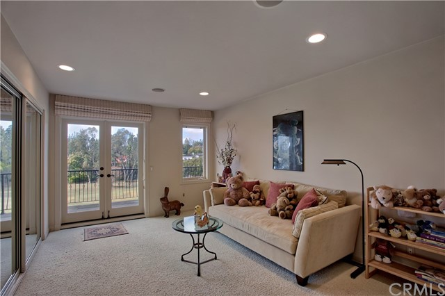 7 Greenbriar Lane Newport Beach, CA 92660 - MLS #: NP17279833