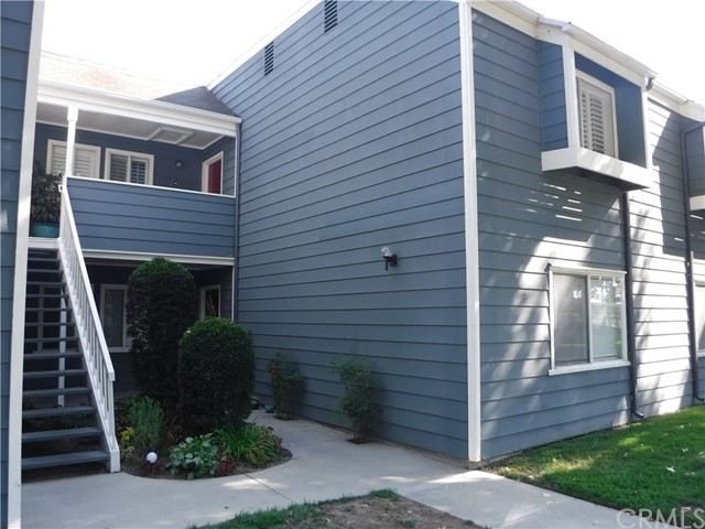 6028 Bixby Village Dr 90 Long Beach, CA 90803 is listed for sale as MLS Listing DW17207725