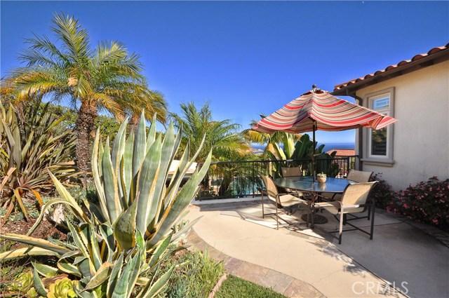 3 Nuvola Court, Rancho Palos Verdes CA: http://media.crmls.org/medias/820fcfe5-6547-4a14-8df1-324939795340.jpg