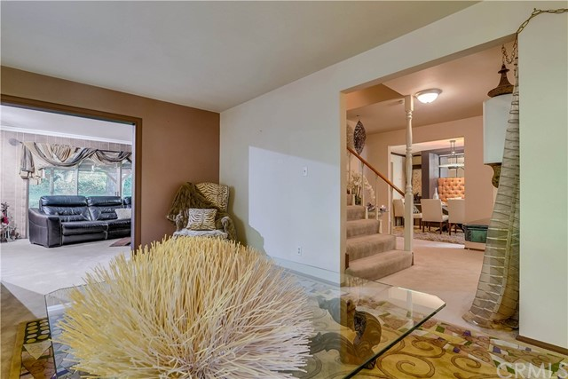 37170 Oak Grove Road, Yucaipa CA: http://media.crmls.org/medias/821166e3-566a-4e50-9f67-53c08ee4127e.jpg