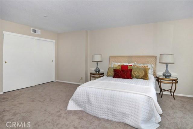 260 S Seneca Cr, Anaheim, CA 92805 Photo 14