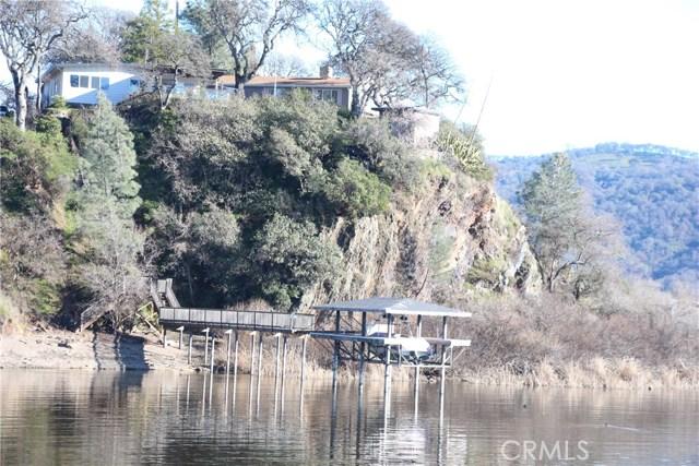 独户住宅 为 销售 在 12800 Oak Knoll Avenue Clearlake Oaks, 95423 美国