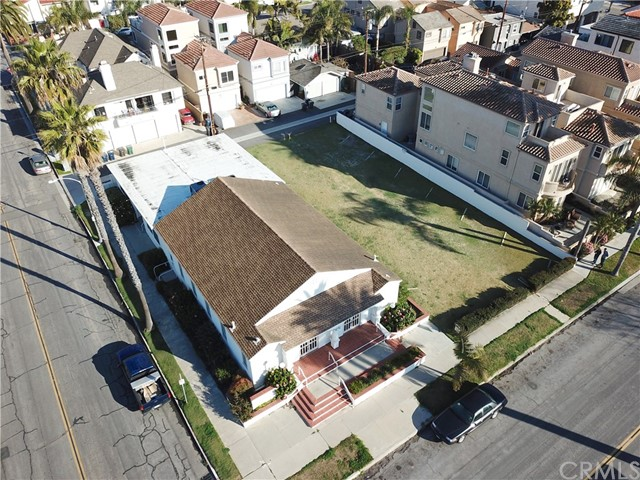 Huntington Beach                                                                      , CA - $5,500,000