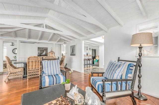 2201 Waterfront Drive, Corona del Mar CA: http://media.crmls.org/medias/8228ce90-1c0d-439c-a466-6017757618c3.jpg
