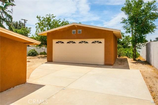 1025 BEAUMONT Avenue, Beaumont CA: http://media.crmls.org/medias/82361fb7-3f93-4205-a228-91891db3e1fd.jpg