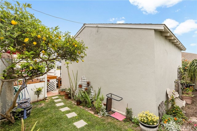1032 8th Pl, Hermosa Beach, CA 90254 photo 6