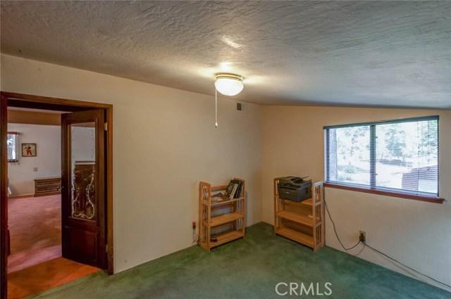 15555 Nopel Avenue, Forest Ranch CA: http://media.crmls.org/medias/8237c1a9-ae1c-474a-aa67-b61d64408774.jpg