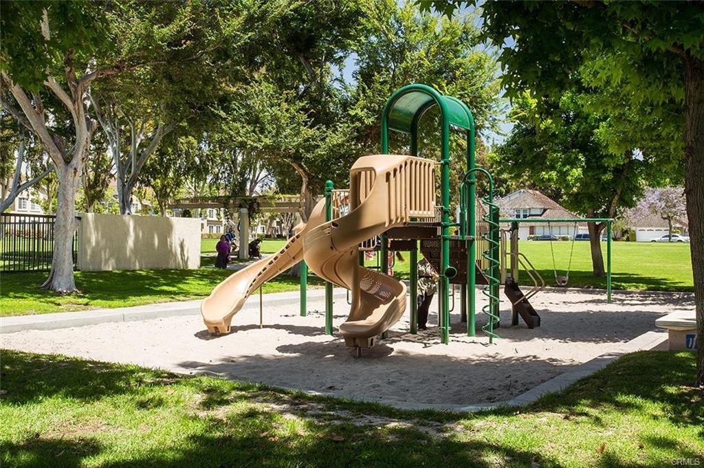 4 Woodleaf, Irvine, CA 92614 Photo 17