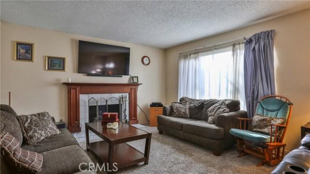 1322 Lanfair Street, Redlands CA: http://media.crmls.org/medias/824522a6-83e1-43b4-afc6-7e5b0d2f6760.jpg
