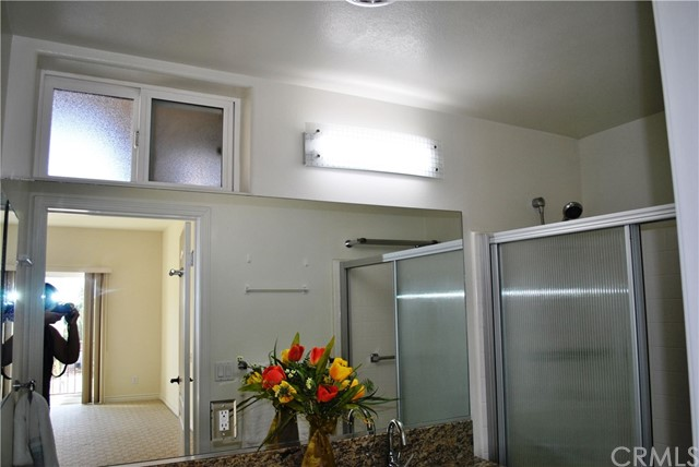 228 S Olive Avenue, Alhambra CA: http://media.crmls.org/medias/82480753-cbbb-42af-b9f0-7e8cd014b4fc.jpg