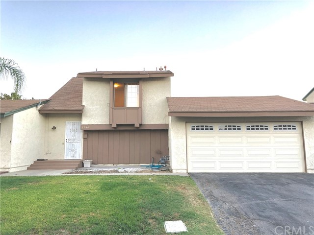 209 Carlow , CA 92618 is listed for sale as MLS Listing CV18225802