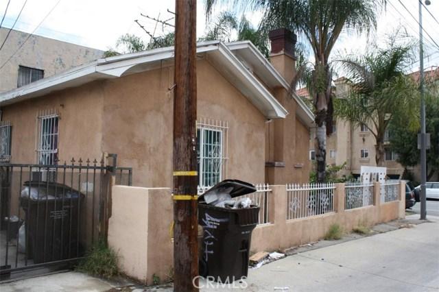 6115 Rugby Avenue, Los Angeles CA: http://media.crmls.org/medias/82507d22-6843-4e46-8a17-5f135780b37d.jpg