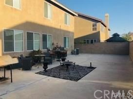 6553 Lost Fort Place, Eastvale CA: http://media.crmls.org/medias/82511e06-6c09-4180-bb52-7605df9a1411.jpg