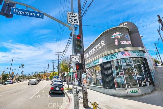 1042 Hyperion Avenue, Los Angeles CA: http://media.crmls.org/medias/825dcfa7-e13f-4bb9-bc78-48f1d88ef280.jpg