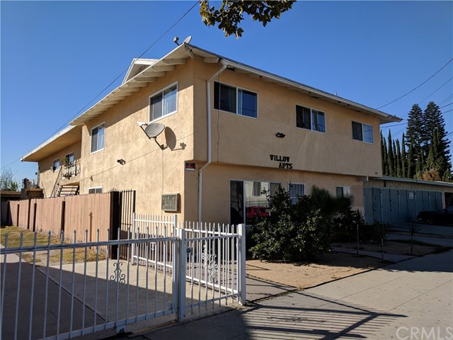 Single Family Home for Sale at 209 S Willow Avenue Compton, California 90221 United States