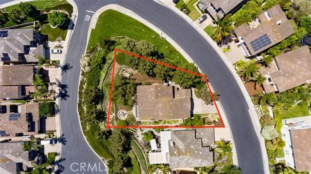 207 Via Malaga, San Clemente CA: http://media.crmls.org/medias/8266c631-857b-4895-aa03-124d56268484.jpg