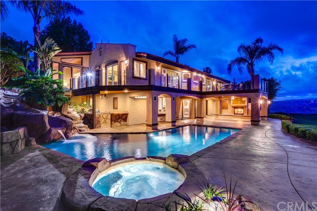 Single Family Home for Sale at 33522 Valle Road San Juan Capistrano, California 92675 United States