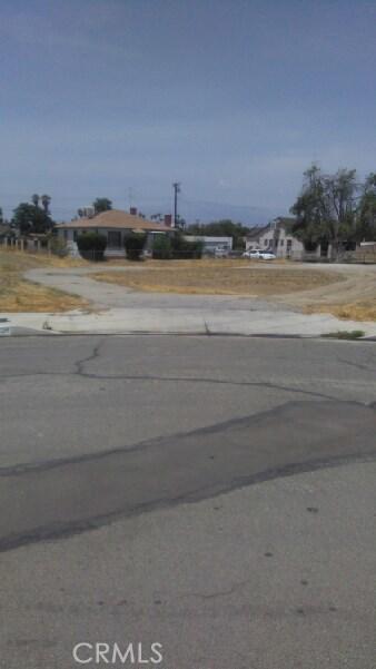 10644 Curtis Street, Loma Linda CA: http://media.crmls.org/medias/8276e40e-7df8-4f97-922c-2c6a9d849f63.jpg