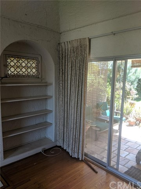 1415 Thayer Avenue, Los Angeles CA: http://media.crmls.org/medias/8281adef-ae30-40f0-b3bc-3d35e1c3664c.jpg