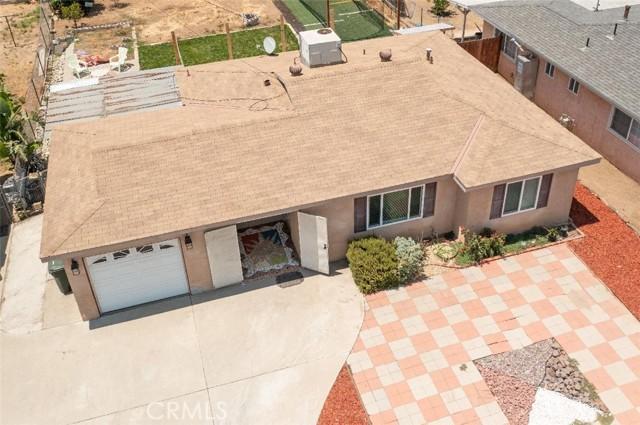 6728 Fillmore Avenue, Rialto CA: http://media.crmls.org/medias/8282be32-686b-4146-ae1a-3e0fa618fe81.jpg