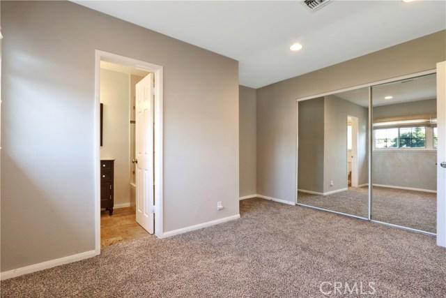 6340 Dashwood Street, Lakewood CA: http://media.crmls.org/medias/8288485a-3f85-44d7-940a-f88f6fde1aec.jpg