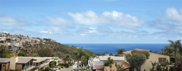 1490 Del Mar Avenue, Laguna Beach CA: http://media.crmls.org/medias/828a1a28-77e2-4e35-b6d3-4e531421ff7c.jpg