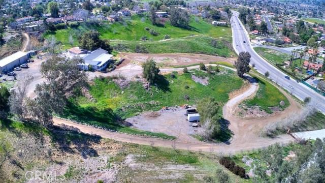 33385 Oak Glen Road, Yucaipa CA: http://media.crmls.org/medias/828b7259-8b53-4673-920f-af29549f7784.jpg