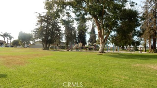 16342 Whittier Lane, Huntington Beach CA: http://media.crmls.org/medias/8290a402-bfec-462c-b773-42d91f16e727.jpg
