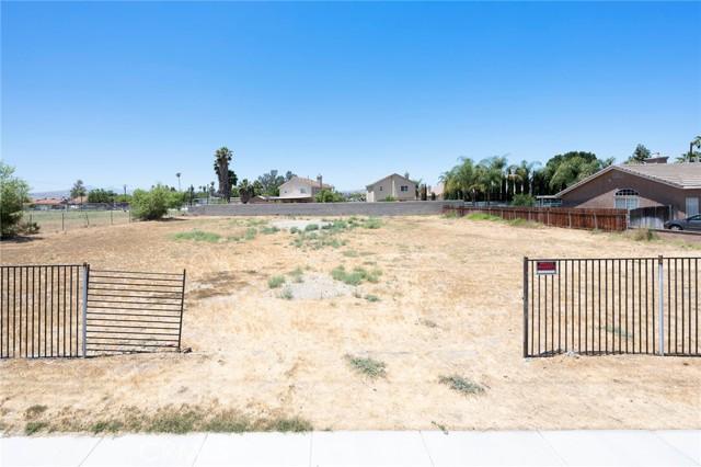 4654 Jackson Street, Riverside CA: http://media.crmls.org/medias/829188dc-3bef-4249-a5a4-87b1f6819bd0.jpg