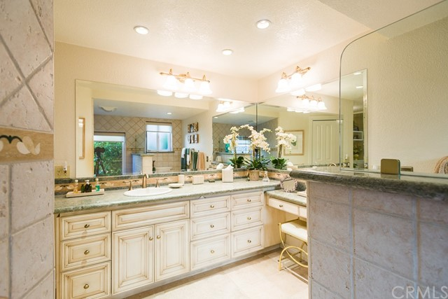 160 Sweetbriar Drive Claremont, CA 91711 is listed for sale as MLS Listing CV17278435