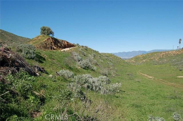 0 Dark Canyon Road, Colton CA: http://media.crmls.org/medias/82a0ceb8-ac99-4ffd-b26b-9dd3c5a63d06.jpg
