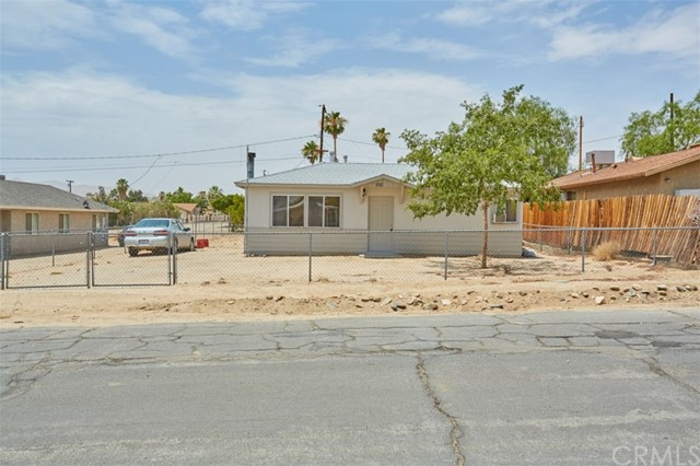5954 Morongo Road, 29 Palms, CA, 92277