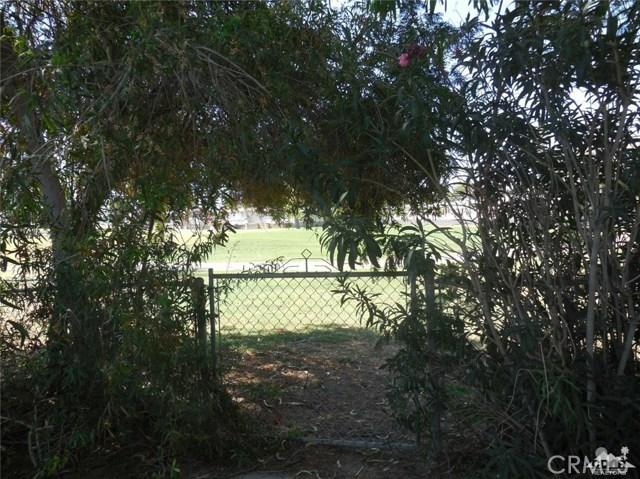 73241 Pine Valley Drive, Thousand Palms CA: http://media.crmls.org/medias/82a9e162-1998-4bf5-8bf1-525361f64c8b.jpg