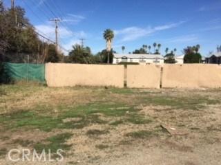 5695 Arlington Ave., Riverside CA: http://media.crmls.org/medias/82b49eea-29f1-417a-8834-8686f4cf4391.jpg