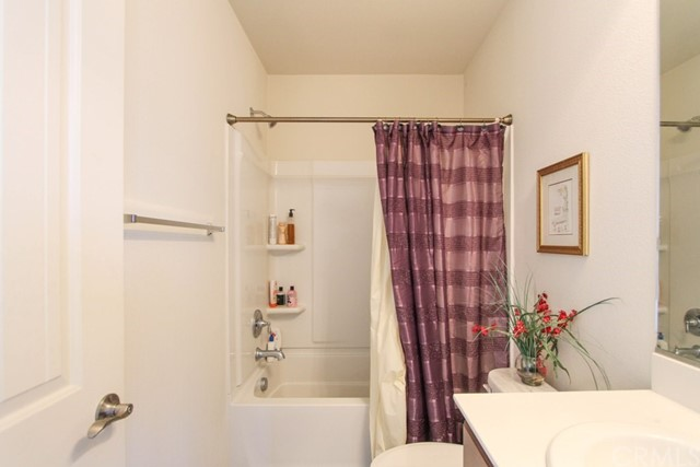 4274 W Fifth, Santa Ana CA: http://media.crmls.org/medias/82d0a5e3-13bb-43d9-8c01-0809516c6ec0.jpg