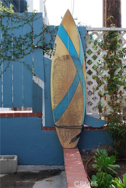 31562 Scenic Drive, Laguna Beach CA: http://media.crmls.org/medias/82d32d18-6f5a-4f62-ae4d-84b44205a490.jpg